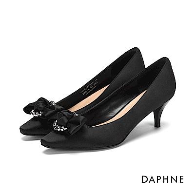 達芙妮DAPHNE 高跟鞋-緞面水鑽蝴蝶結高跟鞋-黑