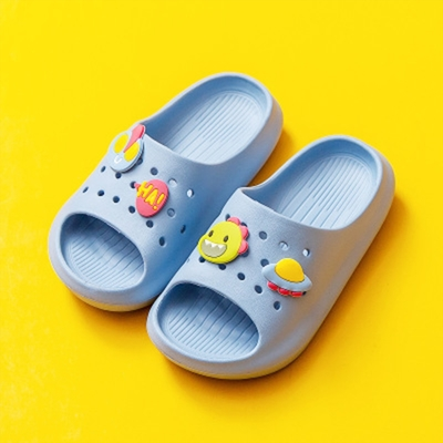 Cheerful Mario 兒童洞洞拖鞋-淡藍