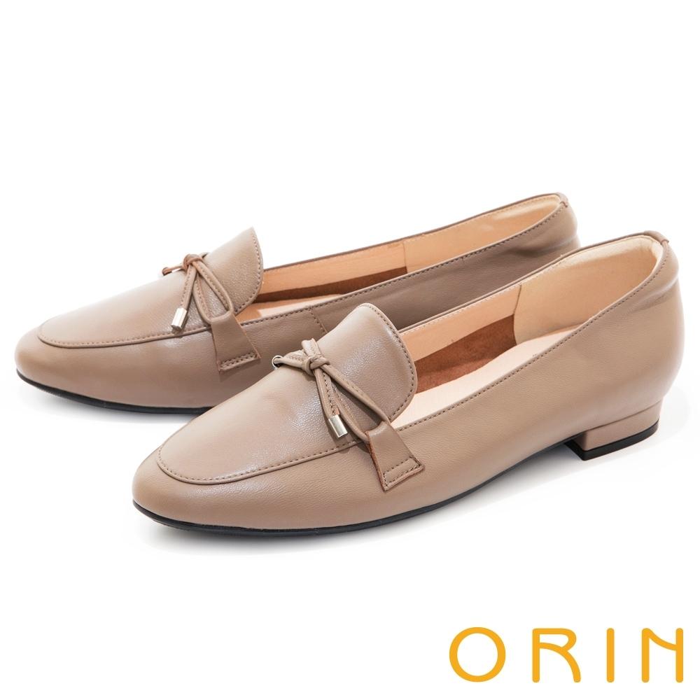ORIN 細版蝴蝶結真皮樂福 女 平底鞋 可可