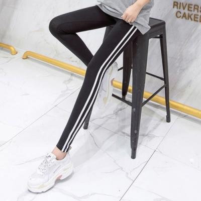 La Belleza鬆緊腰圍側邊雙槓條紋拼接彈性棉質九分內搭褲