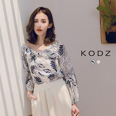 東京著衣-KODZ 清新甜美滿版葉片蝴蝶結造型一字領上衣-S.M.L(共兩色)