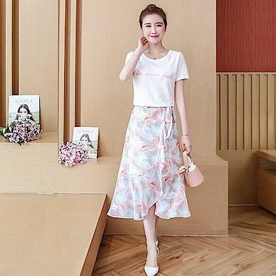 初色  字母上衣 荷葉邊印花裙兩件式套裝-共2色-(M-2XL可選)