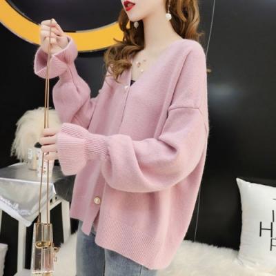 La BellezaV領珠釦開釦荷葉袖素色包心紗針織外套