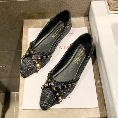 KEITH-WILL時尚鞋館 搶鮮購時尚格紋鉚釘尖頭鞋-黑