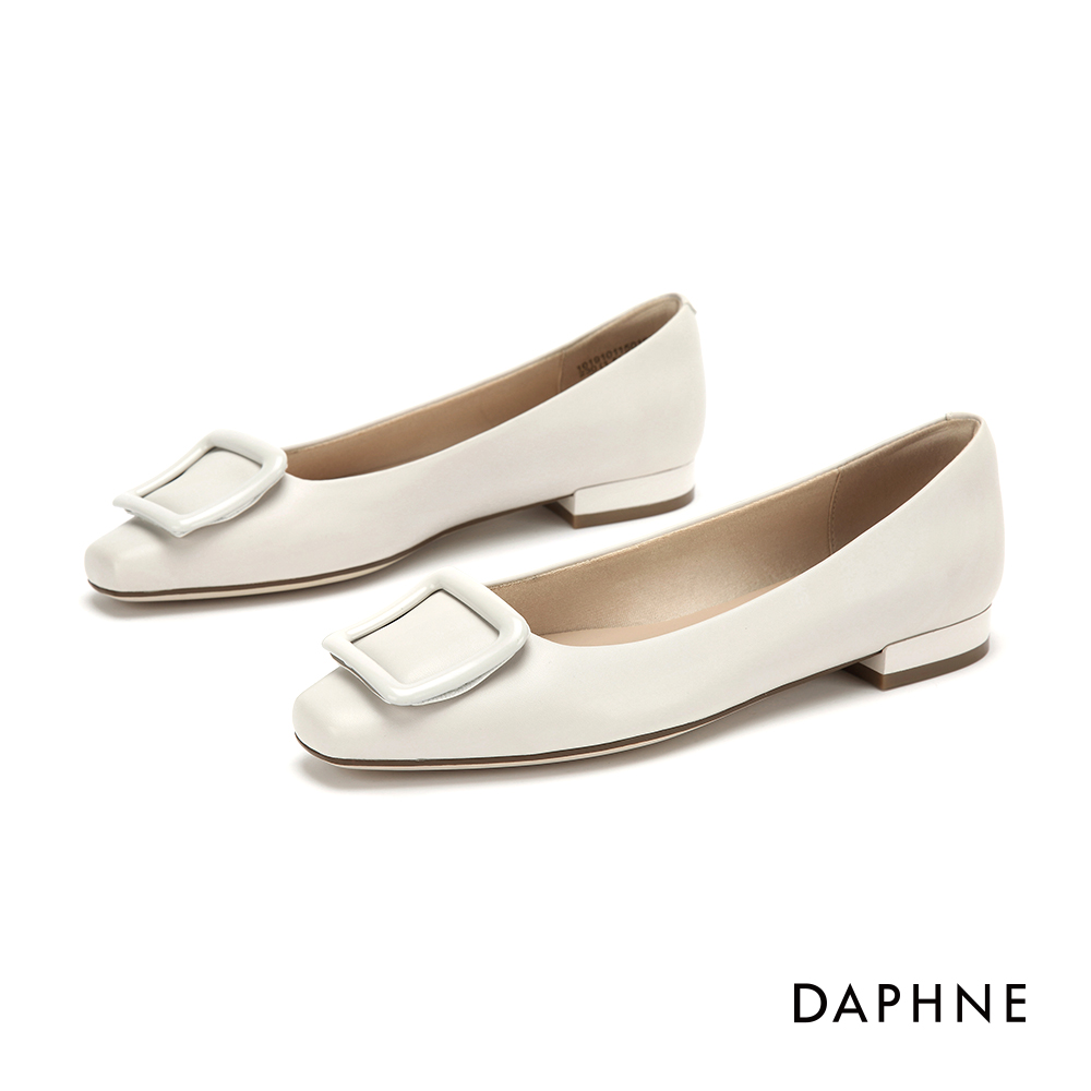 達芙妮DAPHNE 低跟鞋-優雅方扣舒適方頭低跟鞋-米白