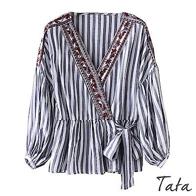 V領刺繡條紋綁帶上衣 TATA