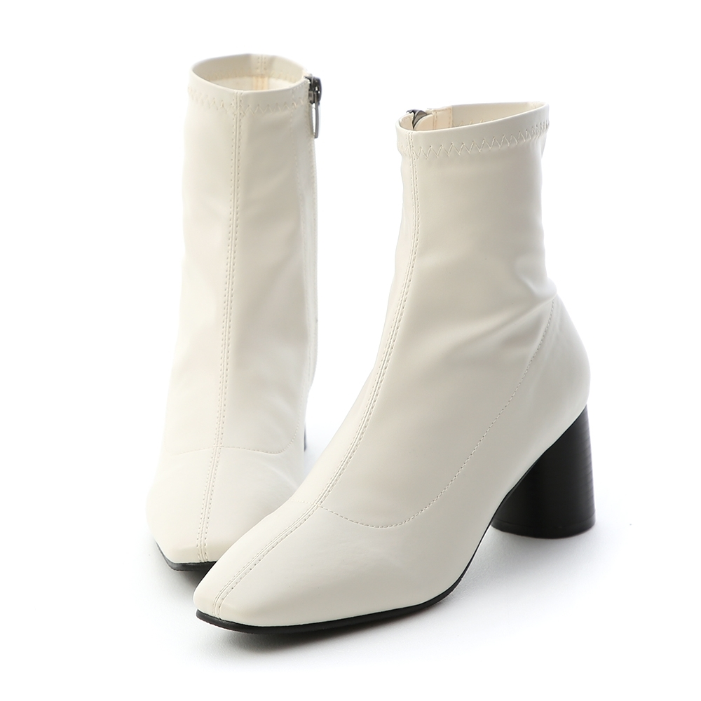 D+AF 秋冬主打.素面中線木紋圓跟襪靴*白