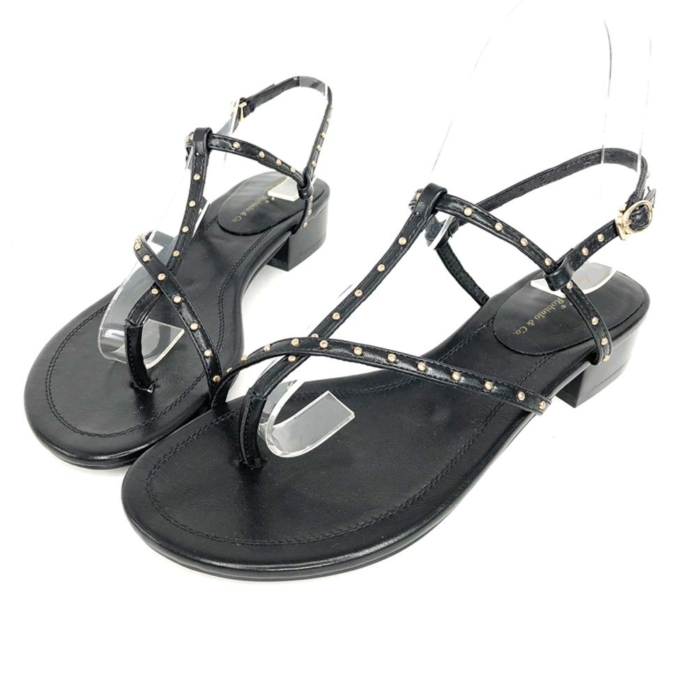 Robinlo率性甜美鉚釘露趾夾腳涼鞋 米白/黑 product image 1