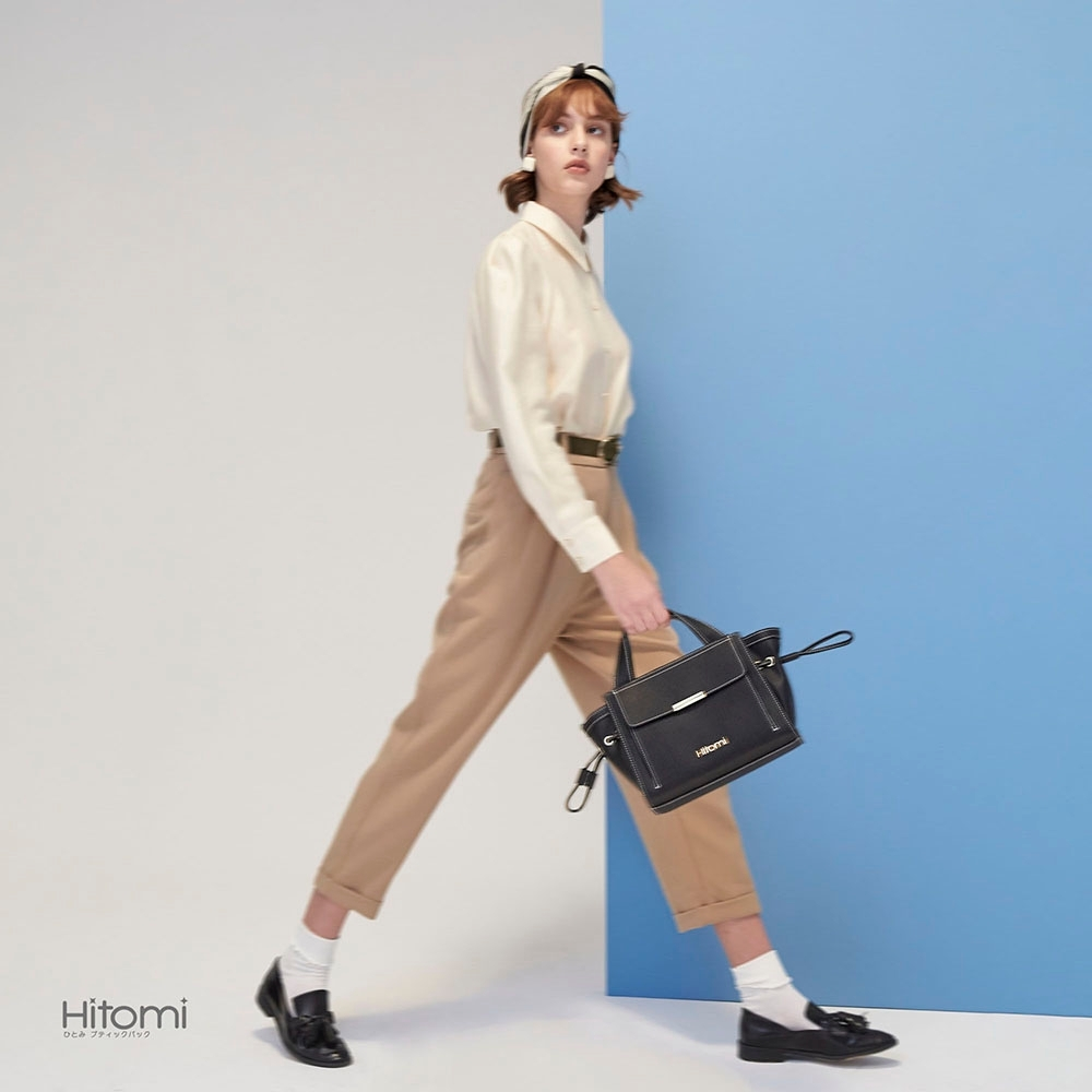 【Hitomi】束口造型手提包(雋永黑13092BK)