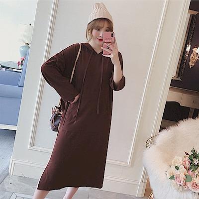 La Belleza素色抽繩連帽梯形袋大口袋下擺側開叉棉質洋裝