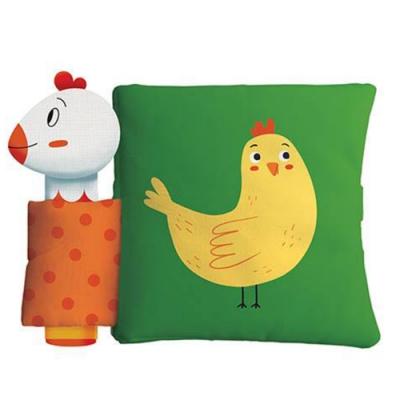 Hen And Her Chick 母雞與小雞趣味布書