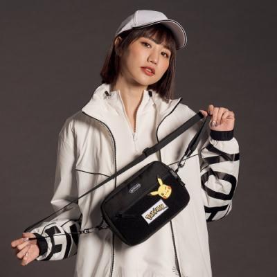 【OUTDOOR】Pokemon聯名款訓練家系列橫式側背包-黑色 ODGO20C05BK