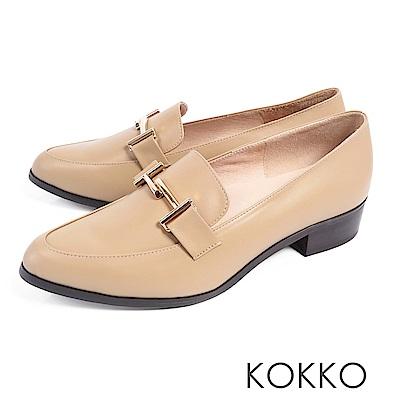 KOKKO - 薇多莉亞真皮舒壓尖頭粗跟鞋-輕甜奶茶