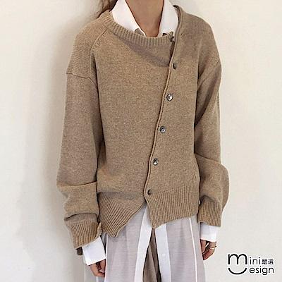 造型開叉斜扣針織罩衫上衣-淺卡其色-mini嚴選