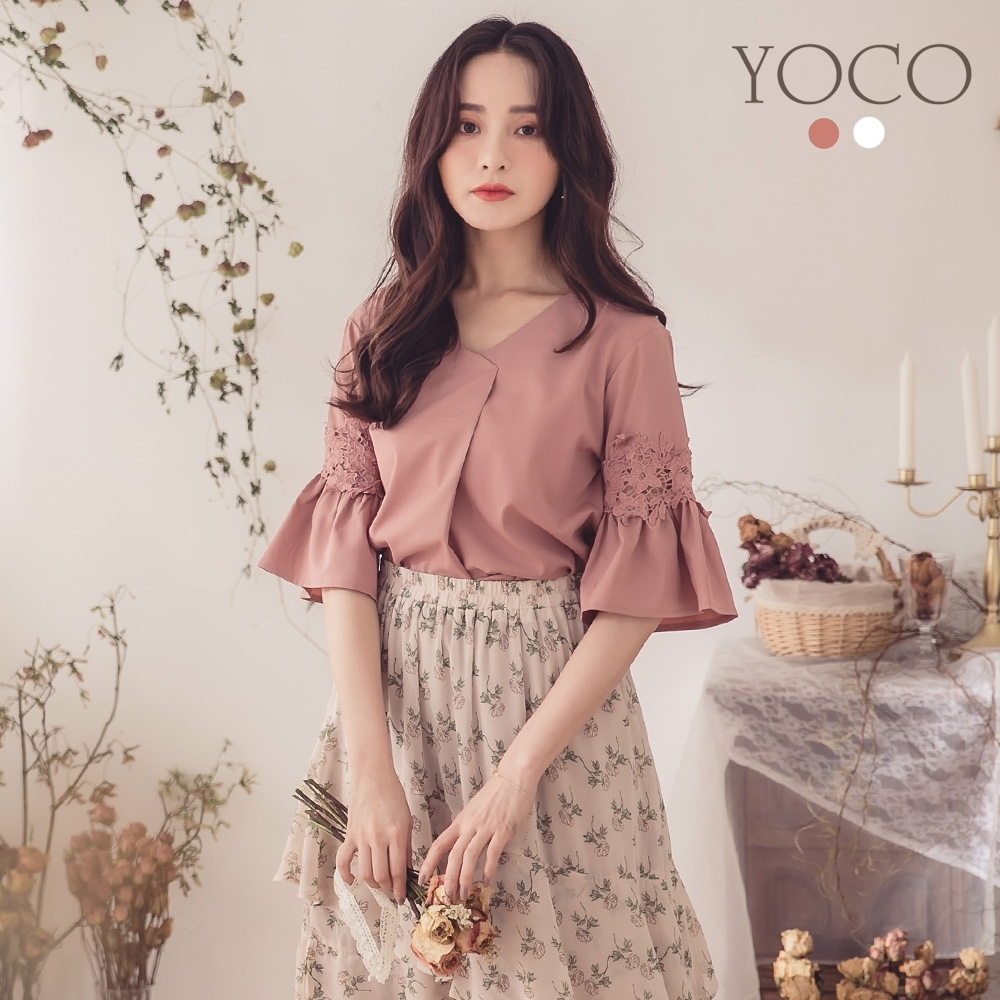 東京著衣-YOCO 優雅華麗V領蕾絲拼接喇叭袖上衣-S.M.L(共二色)