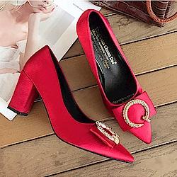 KEITH-WILL時尚鞋館 尖頭淺口方扣粗跟高跟鞋-紅