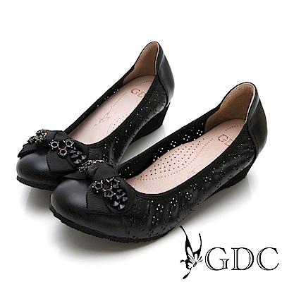 GDC-素面簍空真皮清新水鑽蝴蝶結楔型底包鞋-黑色
