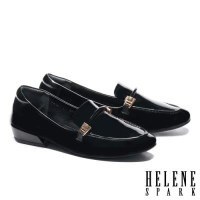 低跟鞋 HELENE SPARK 經典時尚鼓繩方釦樂福低跟鞋-黑