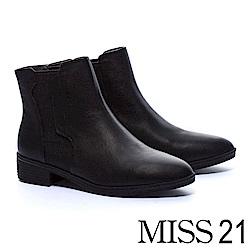 短靴 MISS 21 獨特拼接設計異材質真皮粗跟短靴-黑