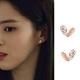 梨花HaNA  韓國925銀夫妻的世界韓素希愛心甜美耳環 product thumbnail 1