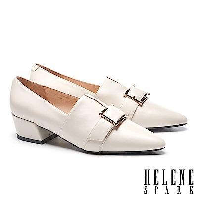 高跟鞋 HELENE SPARK 紳士典雅金屬釦羊皮尖頭粗高跟鞋-白