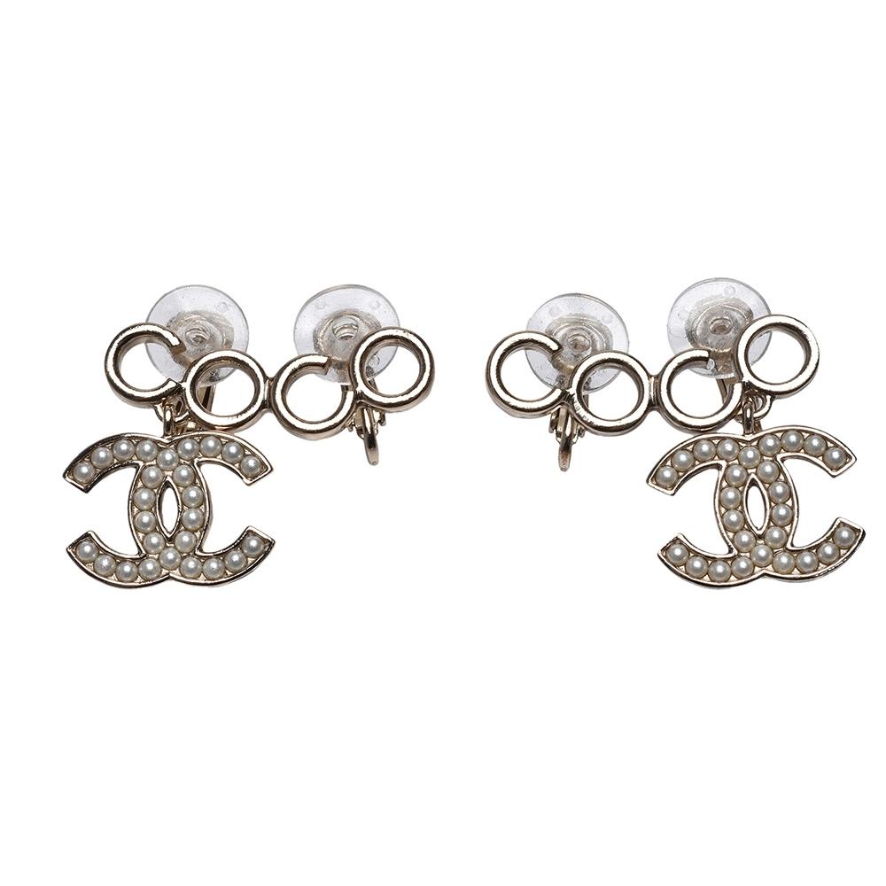CHANEL 經典雙C LOGO/COCO造型夾式耳環(金)
