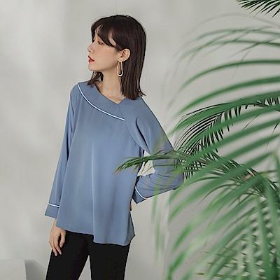 純色不易皺不對稱斜領剪裁配色點綴長袖上衣-OB大尺碼