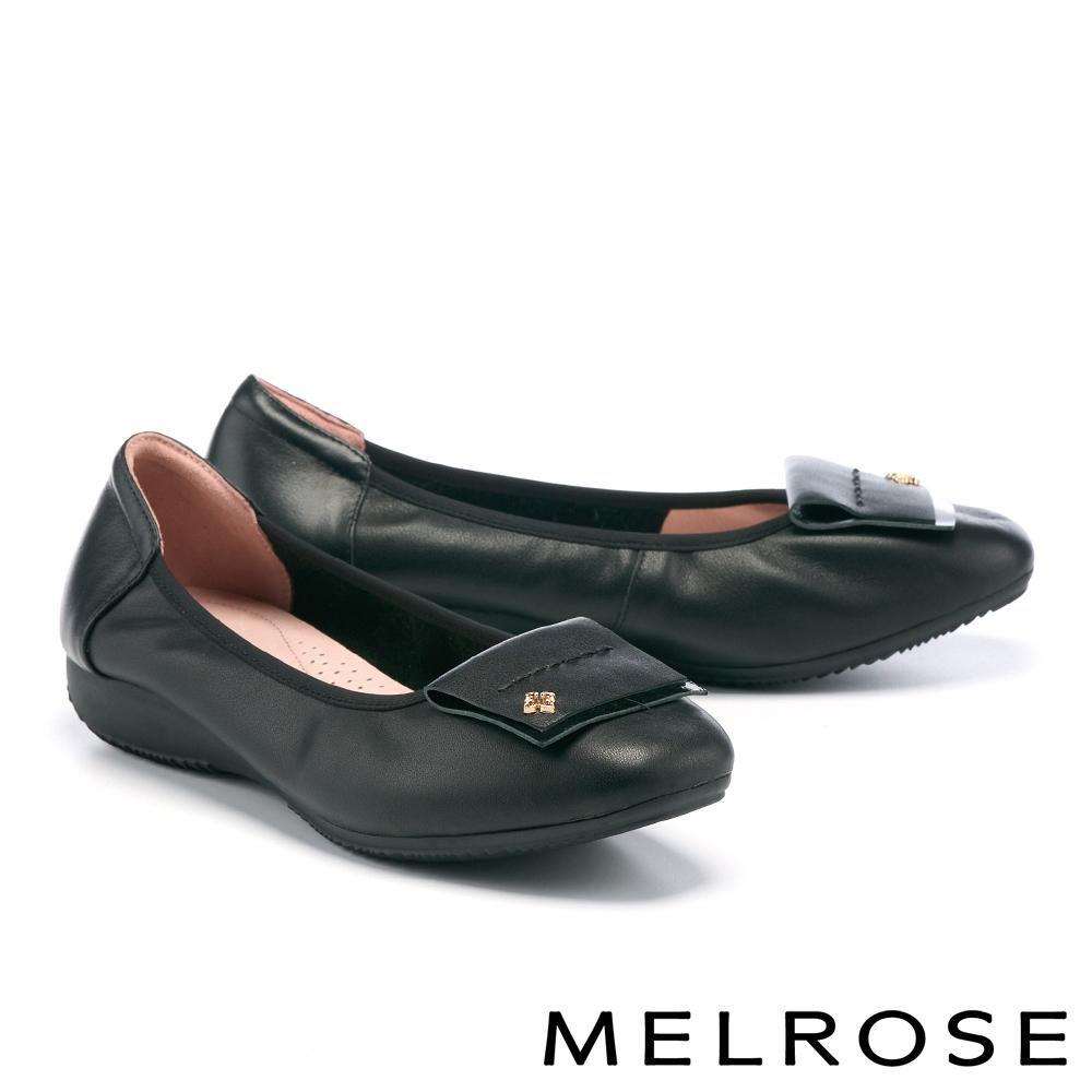 低跟鞋 MELROSE 氣質反折小花飾釦全真皮楔型低跟鞋-黑