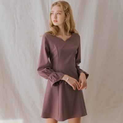 AIR SPACE LADY 優雅素色荷葉袖短洋裝(藕)