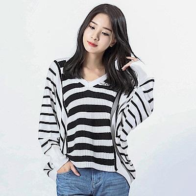 Victoria 粗細織紋組織變化長袖線衫-女-白底黑條