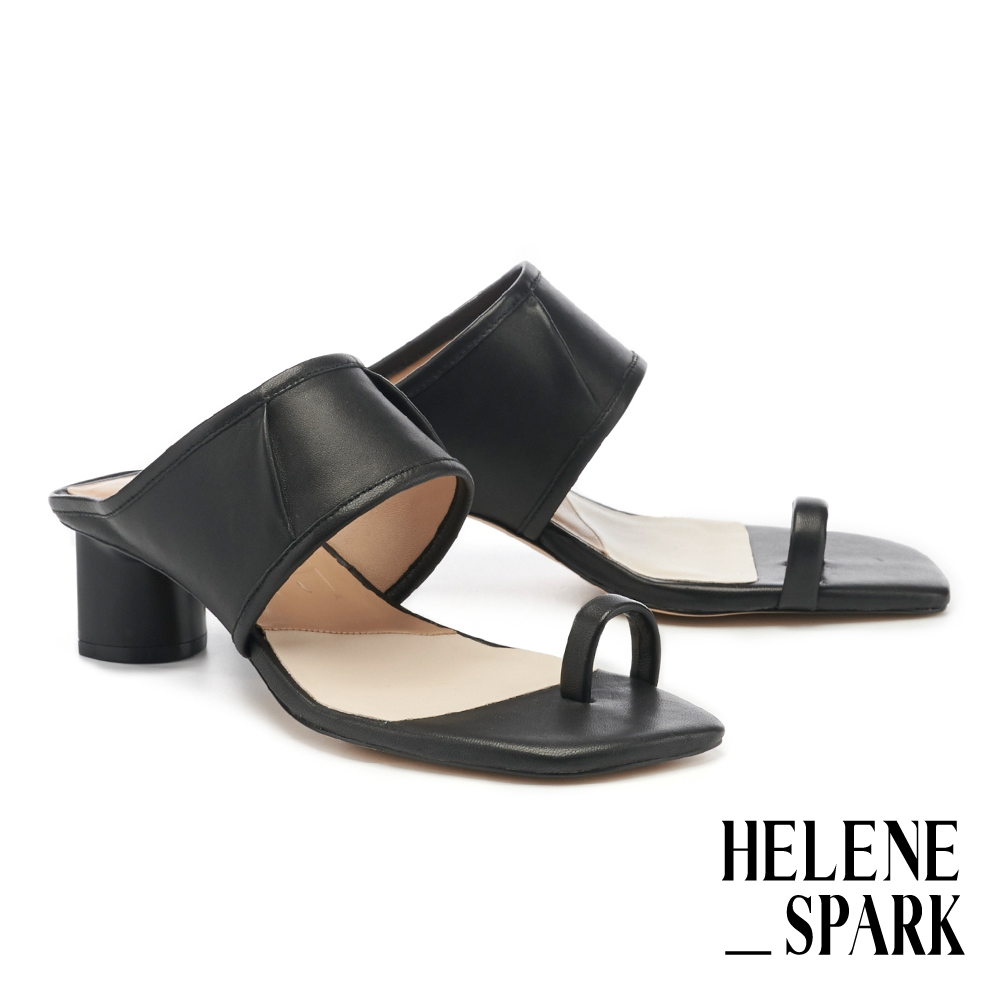 拖鞋 HELENE SPARK 柔軟寬版一字帶皺折全羊皮方頭高跟拖鞋-黑