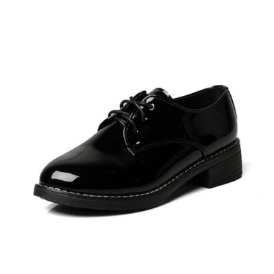 韓國KW美鞋館-都會優雅粗跟學生鞋-黑色(亮光款)