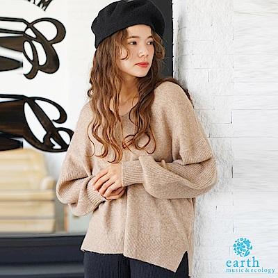 earth music 溫暖感毛料混紡V領寬鬆針織上衣