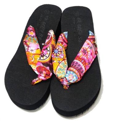 KEITH-WILL時尚鞋館 (現貨+預購) 波西米亞花布厚底夾腳拖-黑