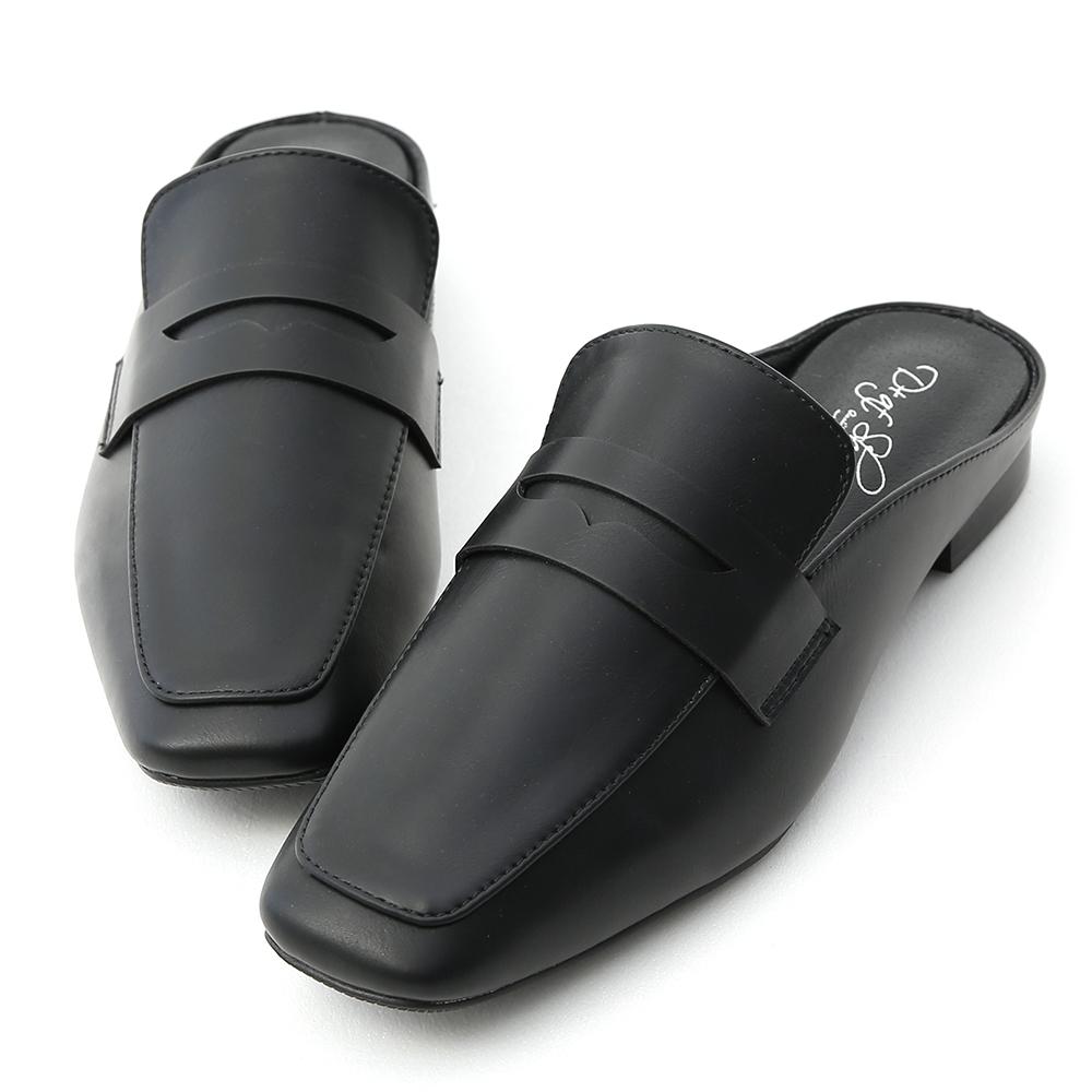 D+AF 隨性步調.經典款方頭平底穆勒鞋*黑