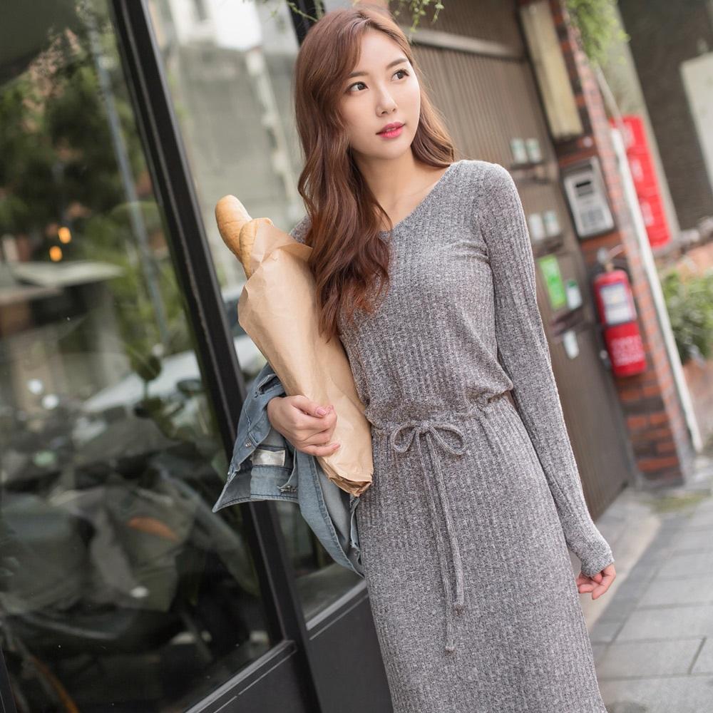 花紗設計腰間綁帶合身針織洋裝-OB大尺碼