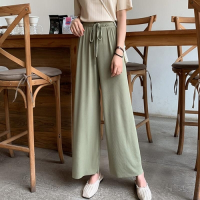 La Belleza素色鬆緊腰抽繩側口袋軟布垂墬闊腿褲