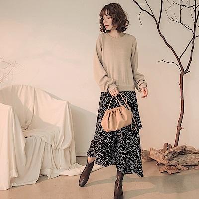 純色假兩件滿版圓點印花拼接荷葉裙襬長袖長洋裝-OB大尺碼