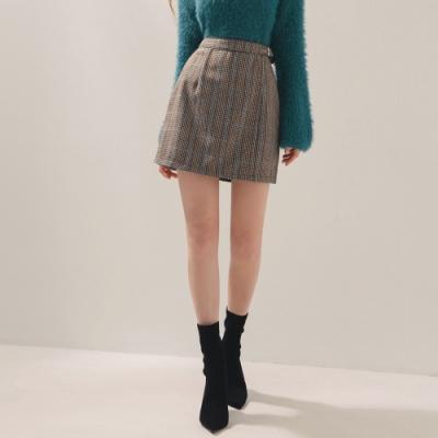 AIR SPACE 格紋金屬帶造型短裙(咖啡)