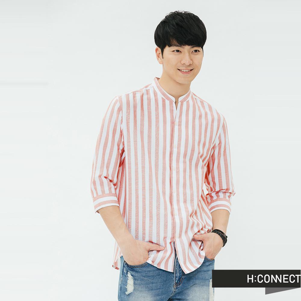 H:CONNECT 韓國品牌 男裝-直條紋七分袖棉麻襯衫-棕