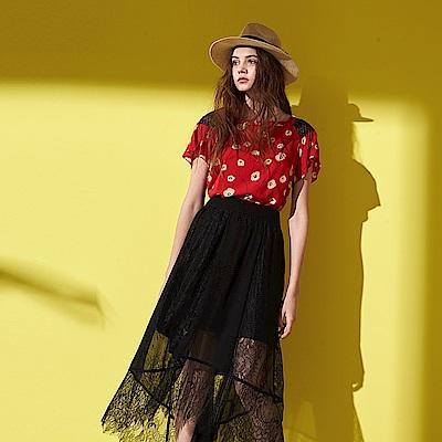 微甜時尚滿版印花肩部拼接蕾絲方領設計造型上衣-紅