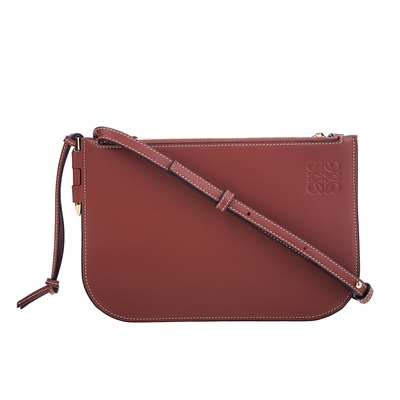 LOEWE 新款Gate 柔軟小牛皮雙拉鍊小型斜背包 (棕褐色)