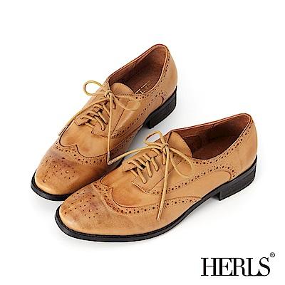 HERLS 全真皮雕花擦色德比牛津鞋-駝色