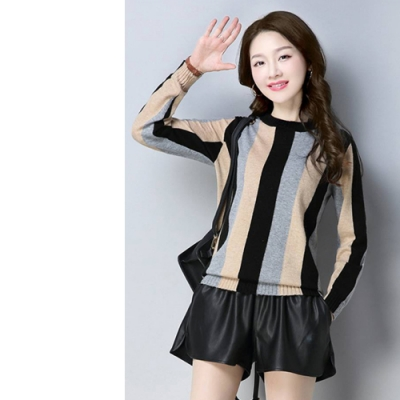 2F-韓系-圓領配色條紋針織上衣-黑F