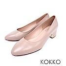 KOKKO - 復古意象素面真皮彎折粗跟鞋 - 嫩白膚