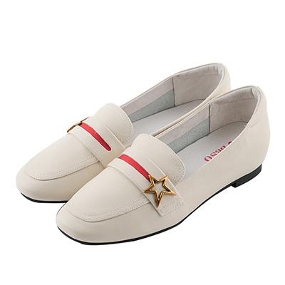 BESO古著品味 星星飾釦樂福鞋~米