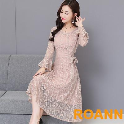 V領拼接透膚蕾絲長袖洋裝 (共二色)-ROANN