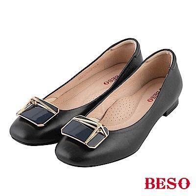 BESO 浪漫秋氛 金屬方釦平底鞋~黑