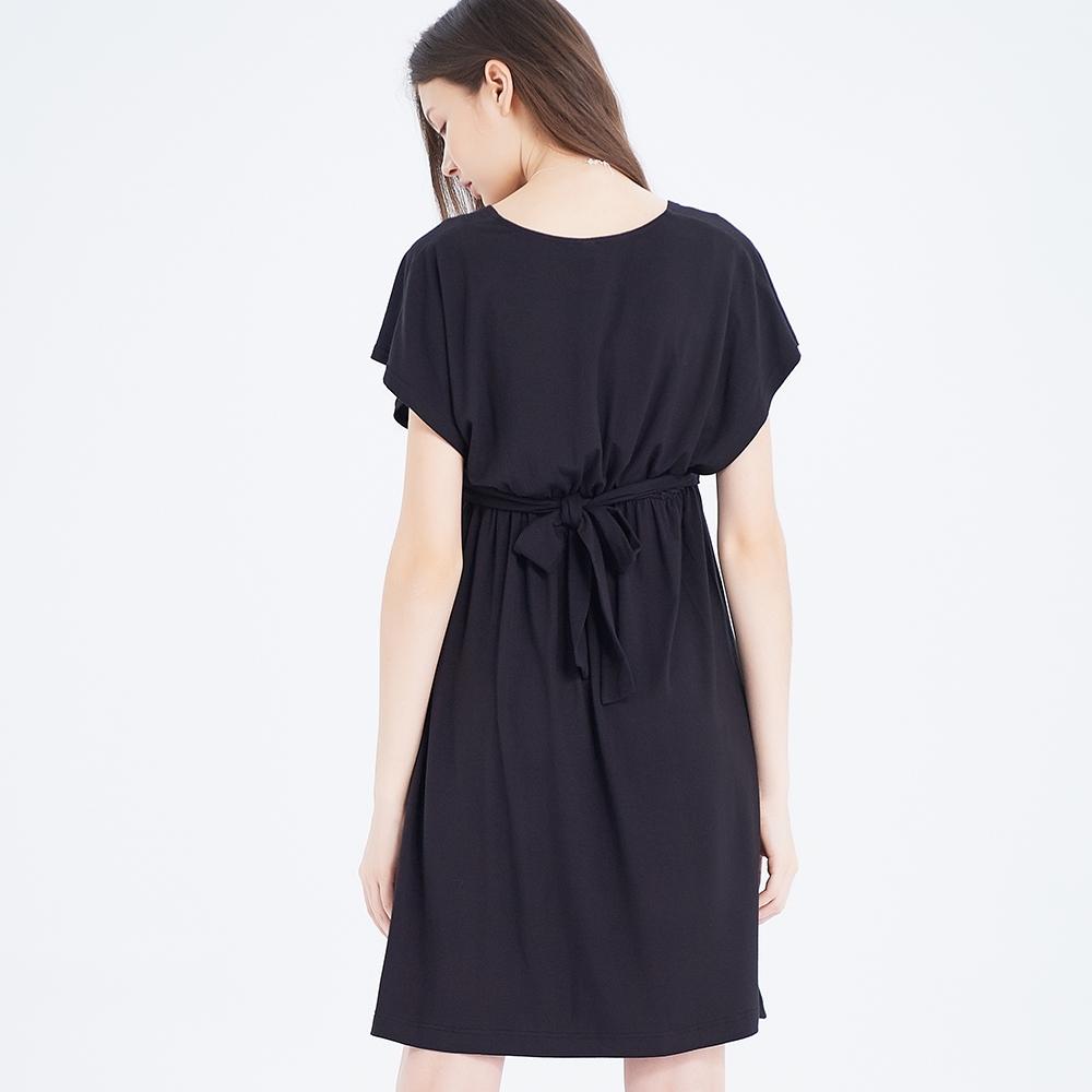 Gennies奇妮-大V領哺乳孕婦洋裝(黑T1H12)