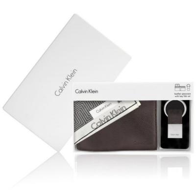 Calvin Klein 荔枝紋皮革短夾鑰匙圈禮盒贈CK帕巾(深咖啡)